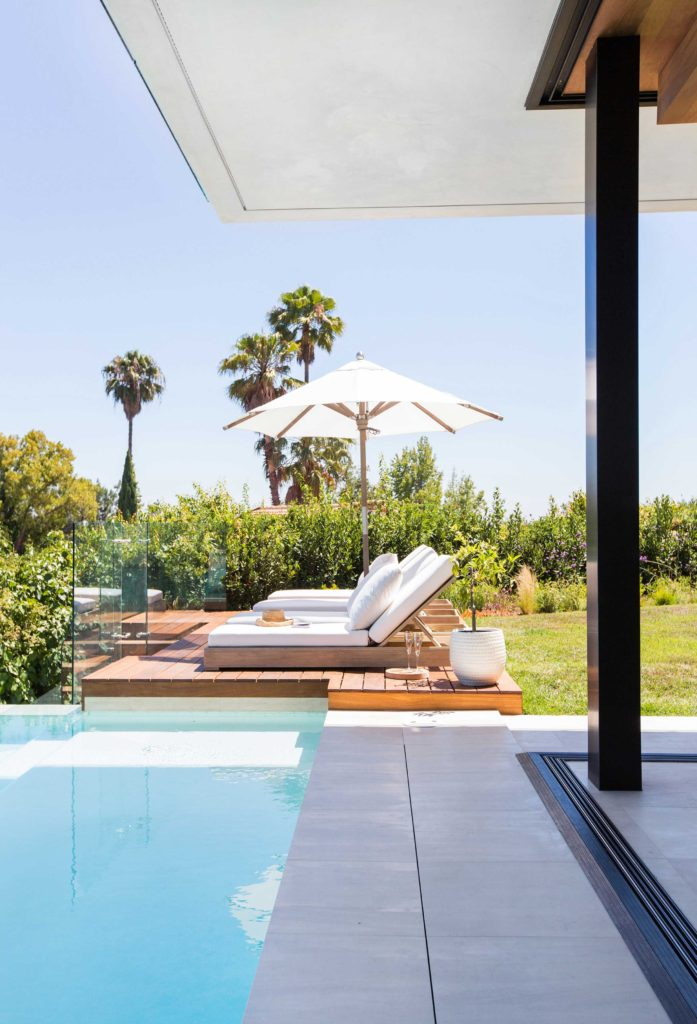 blackband_design_project_bel_air_poolside