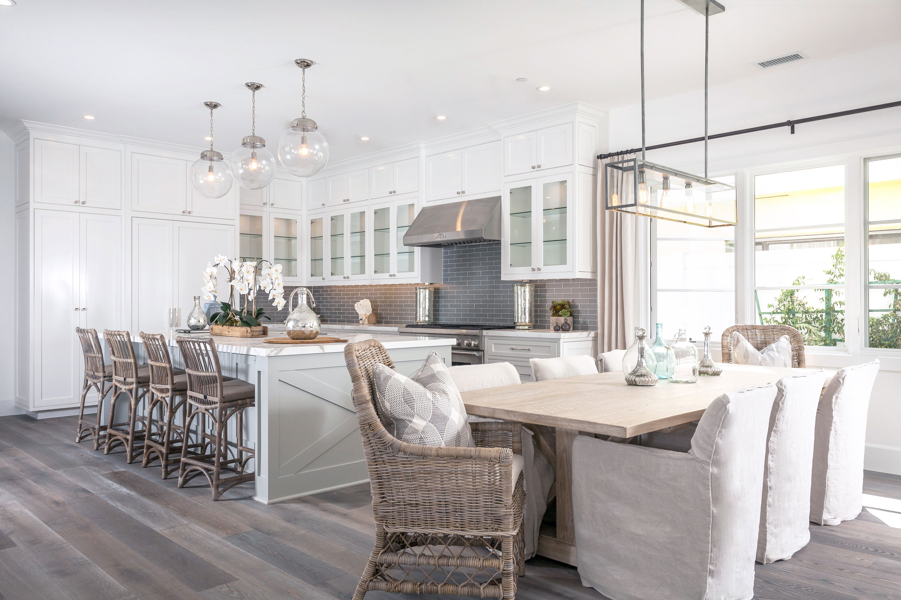 blackband_design_project_west_bay_dining_room_1