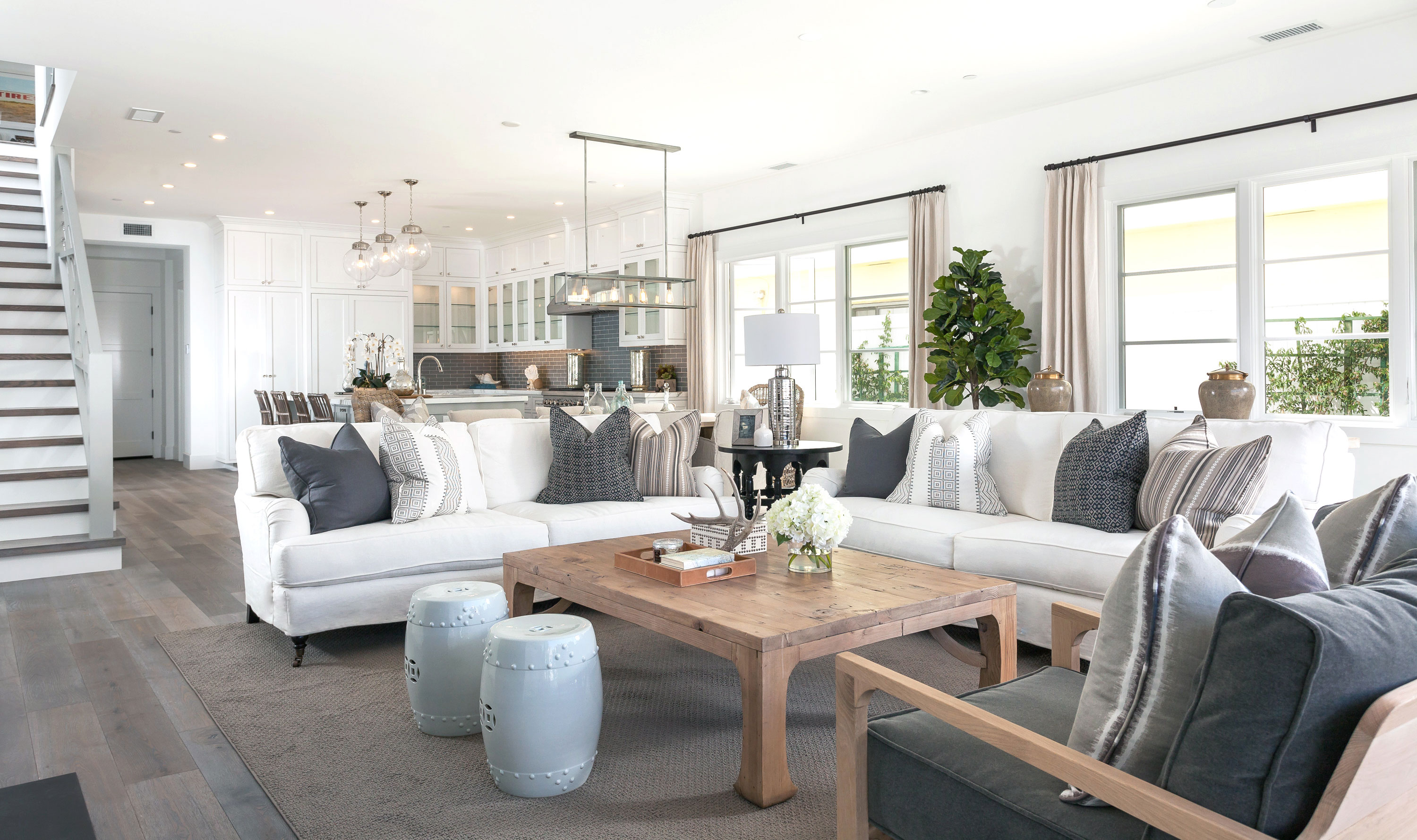 blackband_design_project_west_bay_living_room_3
